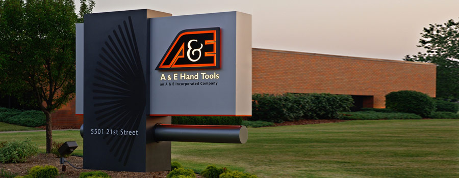 A & E Hand Tools / Racine, WI / 2007 United States Sign Council 1st Place Award for Multimedia Signs